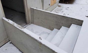 Pivničné schody